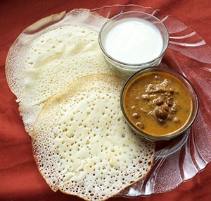 kadala curry appam with coconut milk