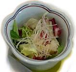 spring mix salad with mizuna lettuce and jicama