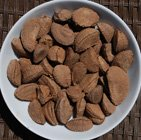 brazil nuts un-shelled