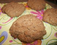 Oatmeal-almond cookies using arrowroot flour